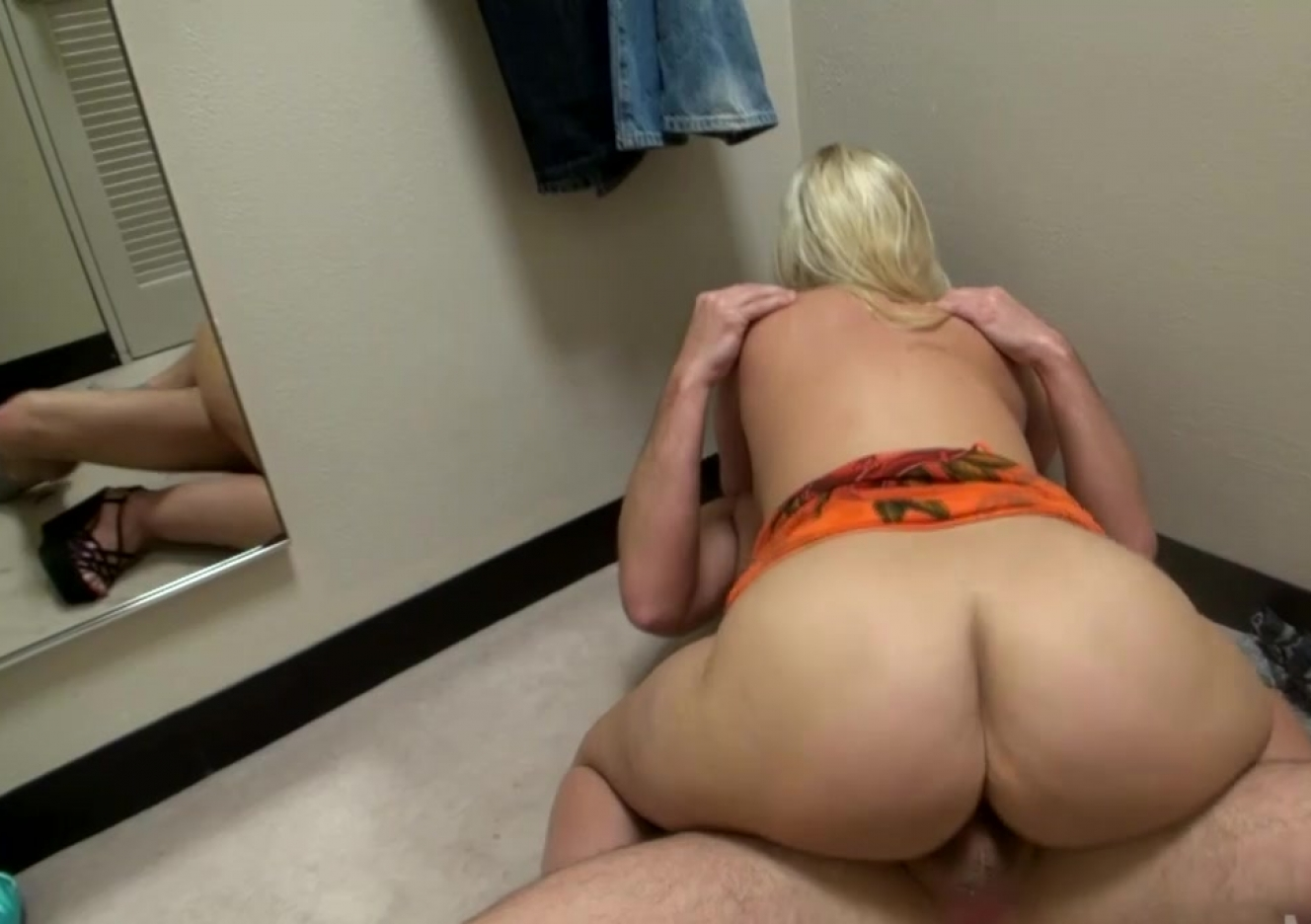 nudr brazillian sexi girl having hard sex